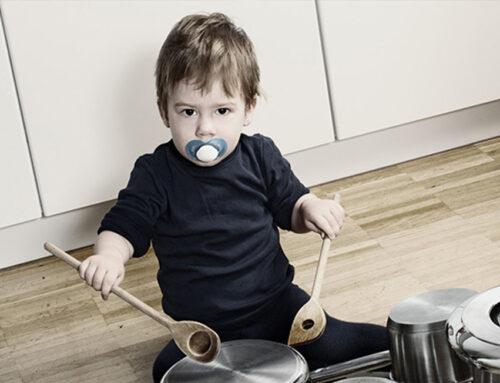 آموزش شنوایی به کودکان دارای مشکل شنوایی